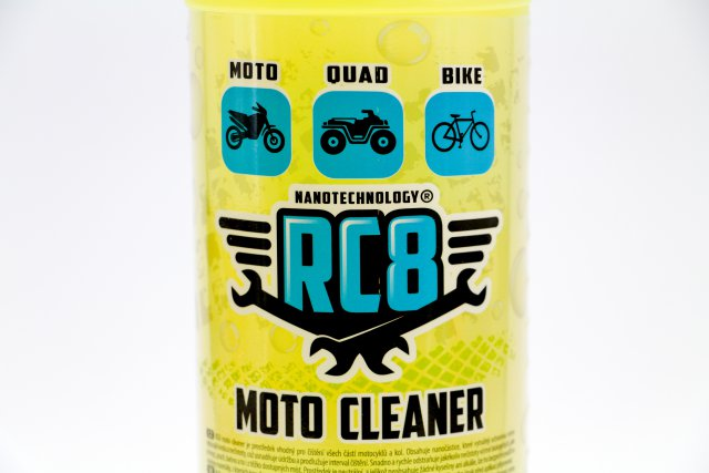 RC8 Moto cleaner 1 litr
